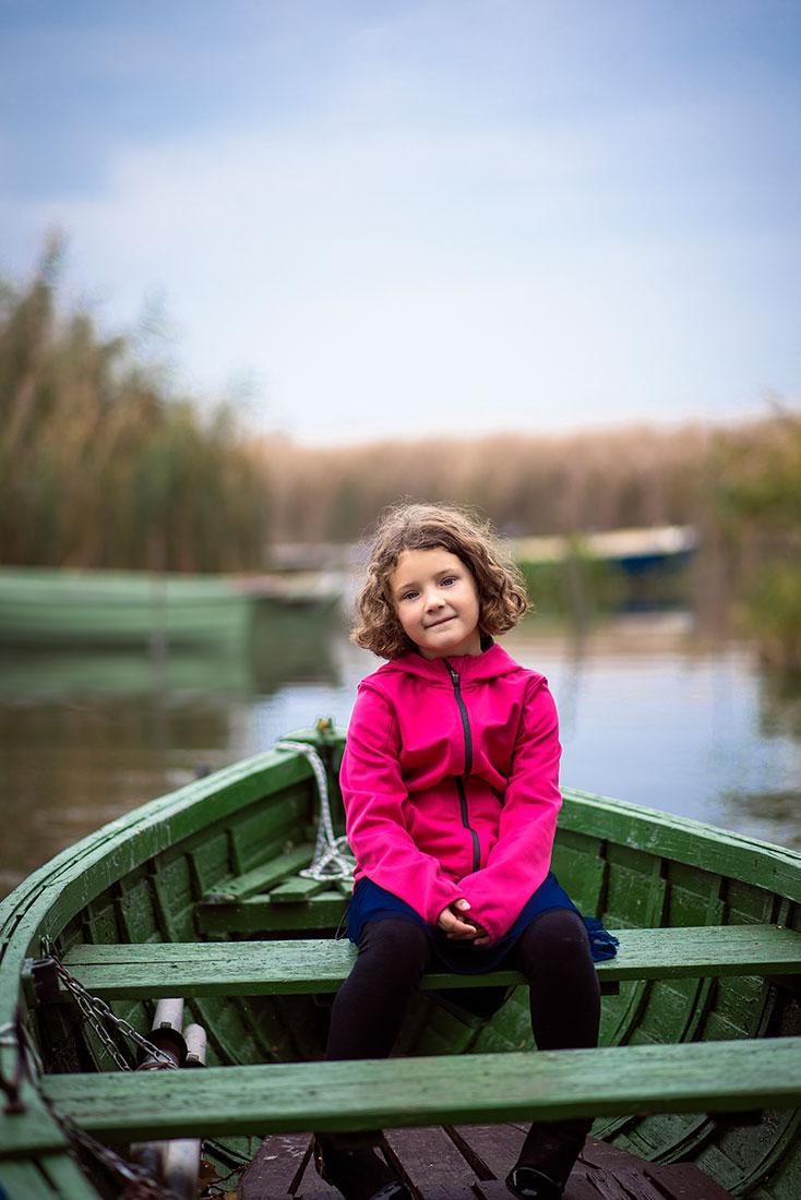 Családi fotózás, gyerek fotózás, portré fotózás, kismama fotózás, baba fotózás, Salgótarján, Budapest, Miskolc, Keszthely, Eger, Gyöngyös, Pásztó, Siófok, Esztergom, Visegrád, esküvő fotózás, kreatív fotózás, jegyes fotózás professzionális szinten az ország egész területén.
